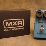 """BLUEBOX置くだけっ♪青色でお馴染み!最高のMXR名機""""M-103 BLUE BOX""""レビュー(エフェクターレビュー) by 丸山えれくとりっく"""